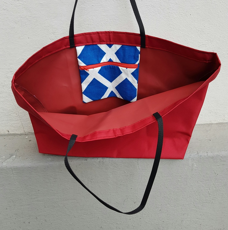 Beach bag / shopping bag - röd med blåvit ficka