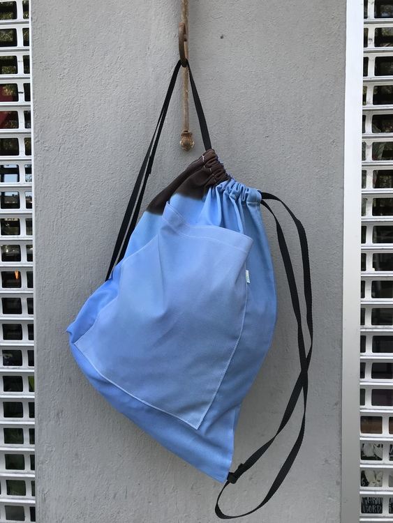 Ryggsäck av reklamvepa - blå med brunt hörn
