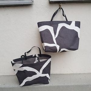 Matlådeväska / lunch bag (större) - Mörkt grå med vitt mönster