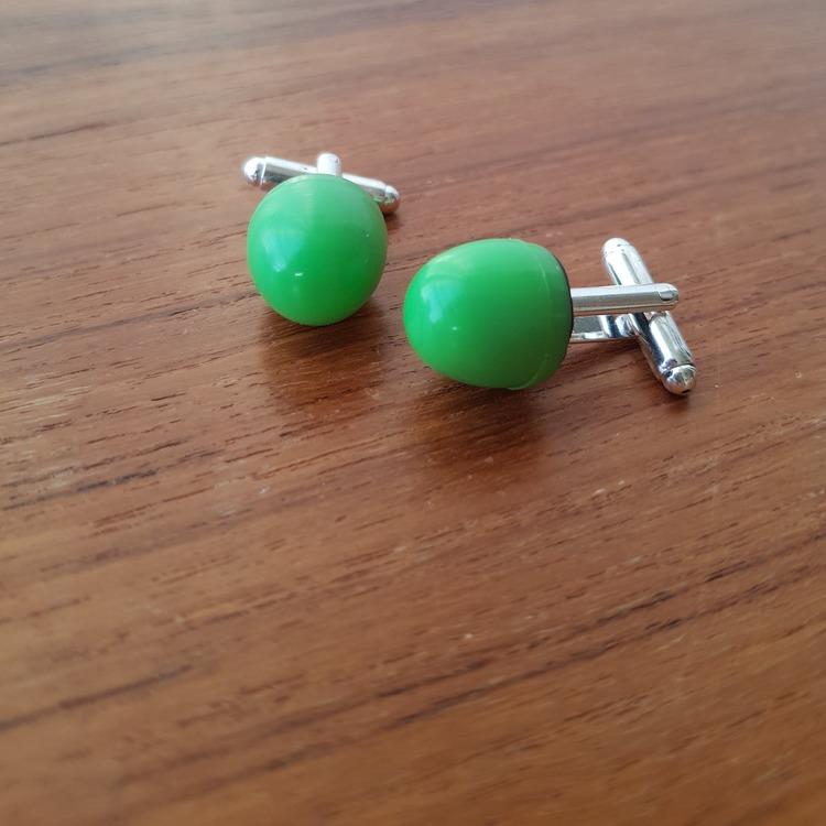 Manschettknappar/ cuff links - Spelpjäser gröna