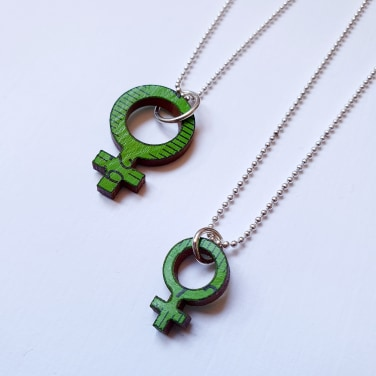 Necklace Feminist big -green