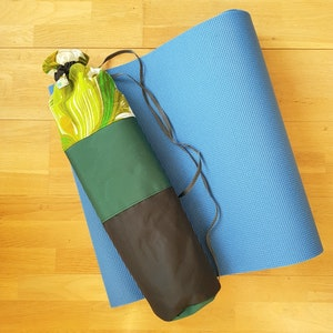 Yogamatta Fodral - Svart/grön mönstrad