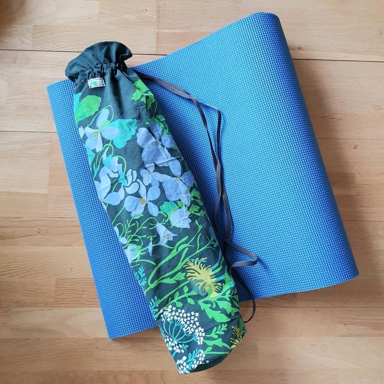 Yogamatta Fodral - retromönstrat enfärgad upptill