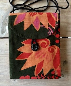 Liten väska av återvunnet tyg - rosarodbladig karamell