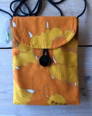 Liten väska av återvunnet tyg - gul och orange karamell