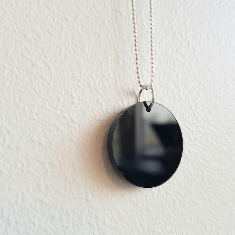 Halsband Cirkus - svart blank/matt