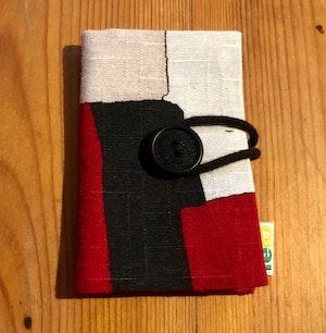 Nålbok /Needle case - röd/svart/vit