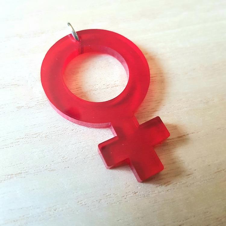 Plexihänge feminist - röd