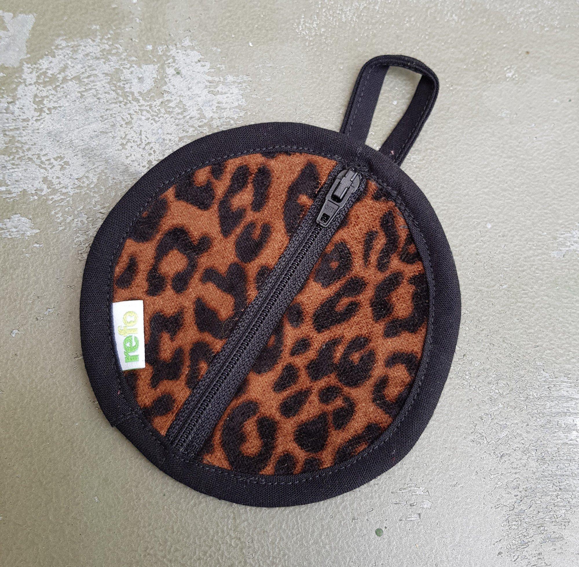 Fodral Till Hörlurar/Earphone Case- Leopard