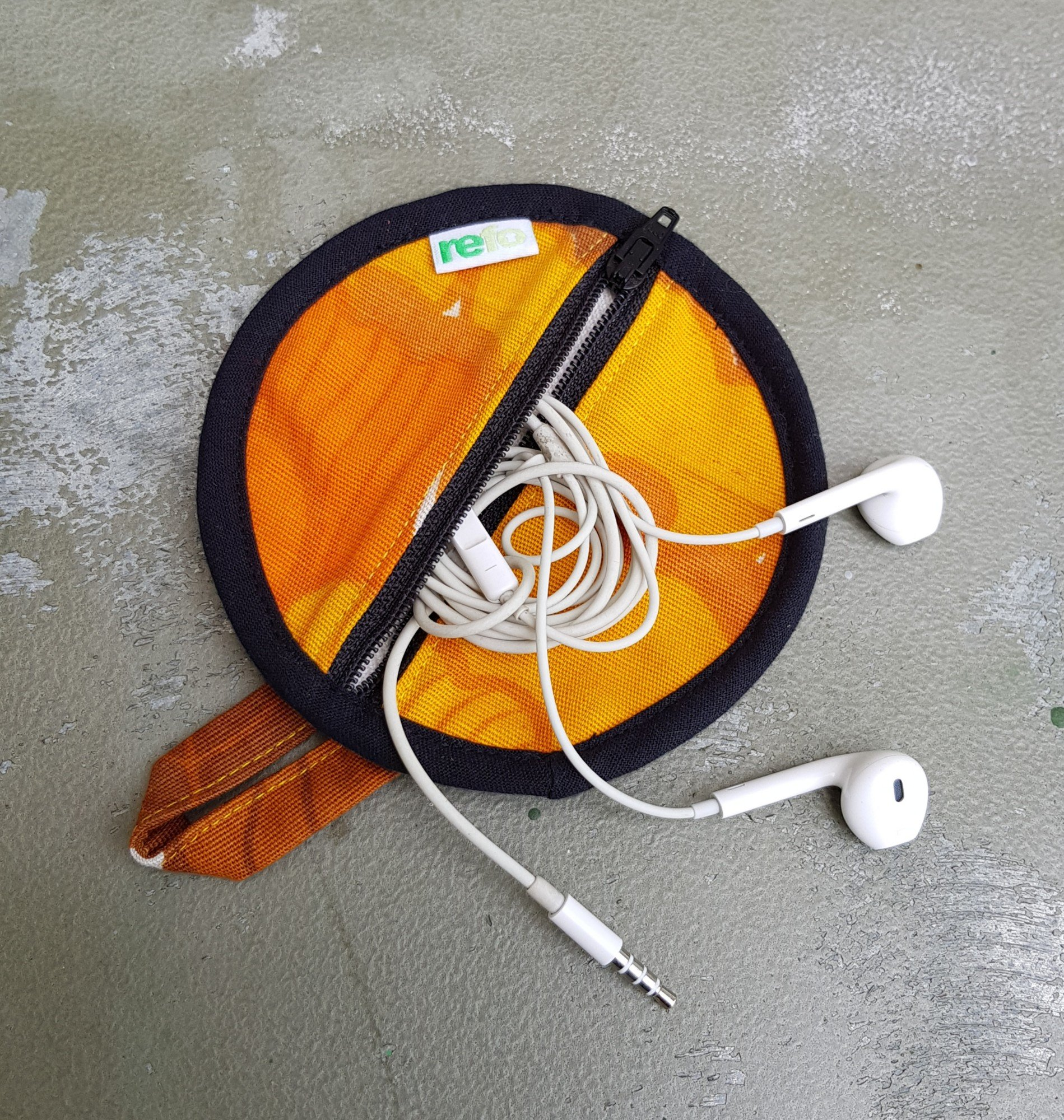 Fodral Till Hörlurar/Earphone Case - Orange/svart