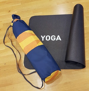 Yogamatta Fodral - Mörkblå/orange mönstrad