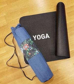 Yogamatta Fodral - Jeansblå/blommig