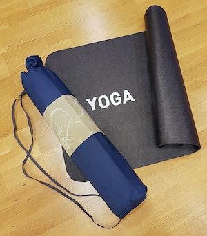 Yogamatta Fodral - Mörkblå/beigegrön Mönstrad