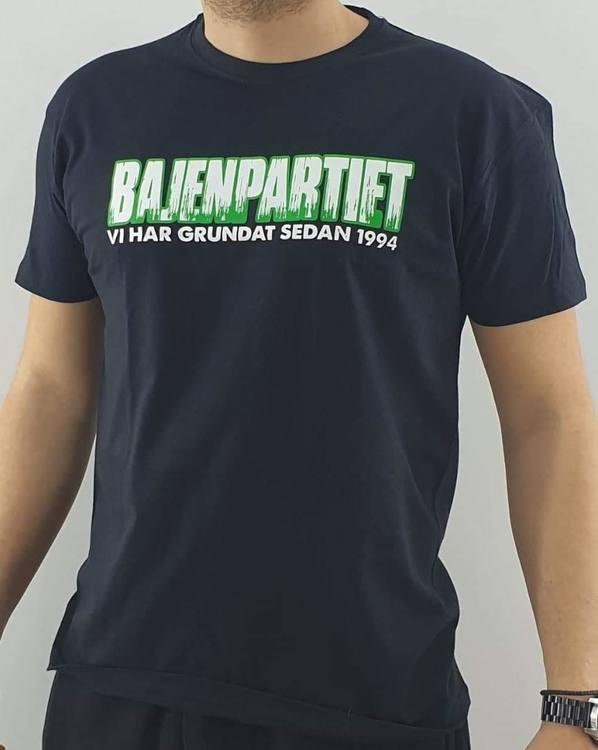 Bajenpartiets tischa - Vi har grundat sen 1994