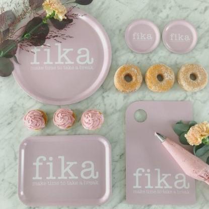 Bricka Fika rosa-Mellow Design