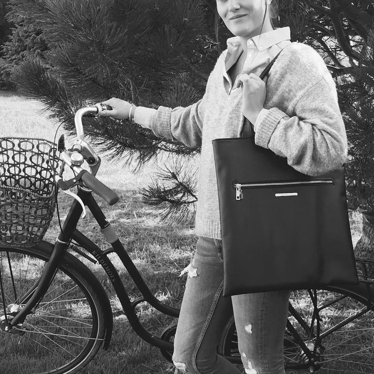 Väska Svart - COMING COPENHAGEN