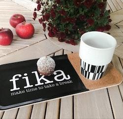 Bricka Fika med kork-Mellow Design