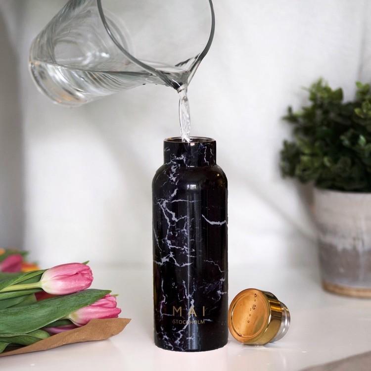 Vattenflaska marmor svart - MAI STOCKHOLM