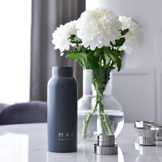 Vattenflaska grå - MAI STOCKHOLM