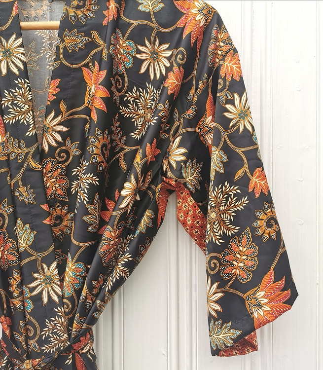 Kimono svart/röd
