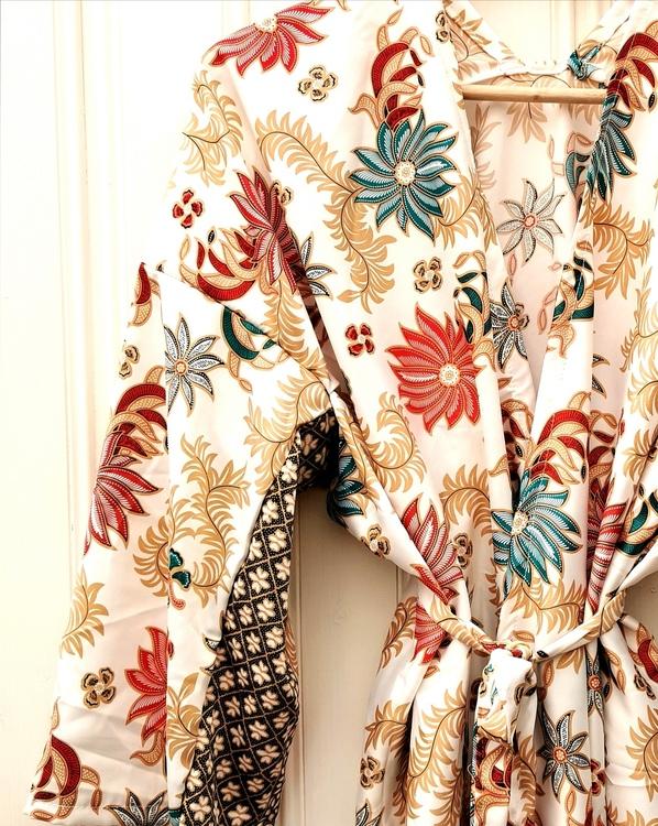 Kimono vit turkos/röd
