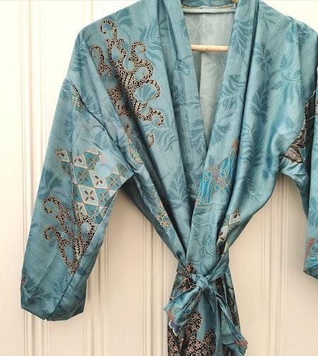 Kimono isblå