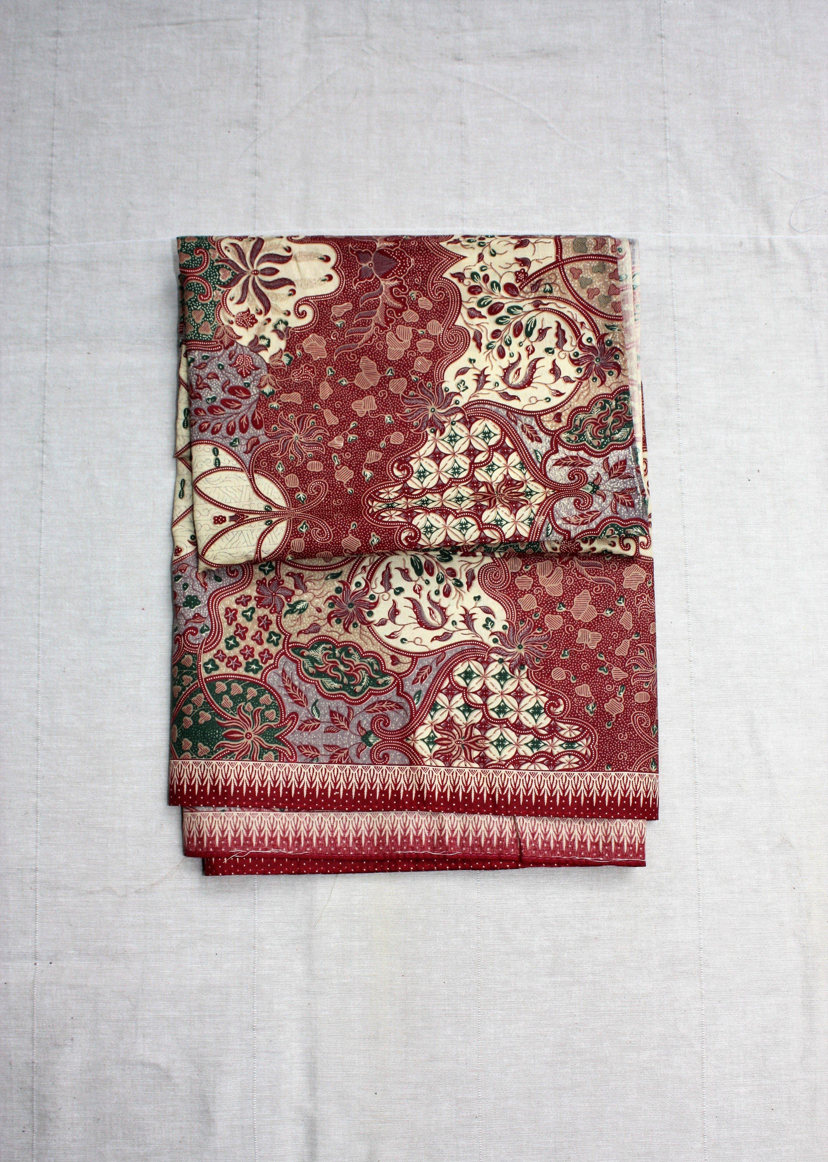 Sarong Batik röd