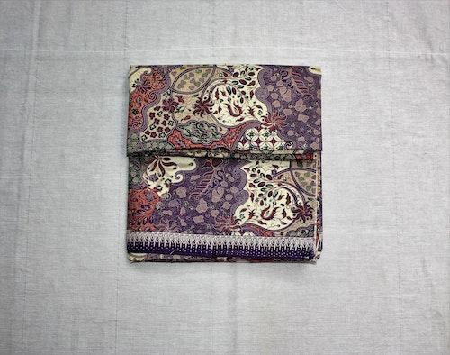 Sarong Batik lila