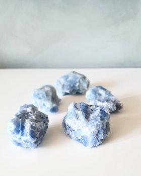 Rå Blå kalcit ca 40-80 gram