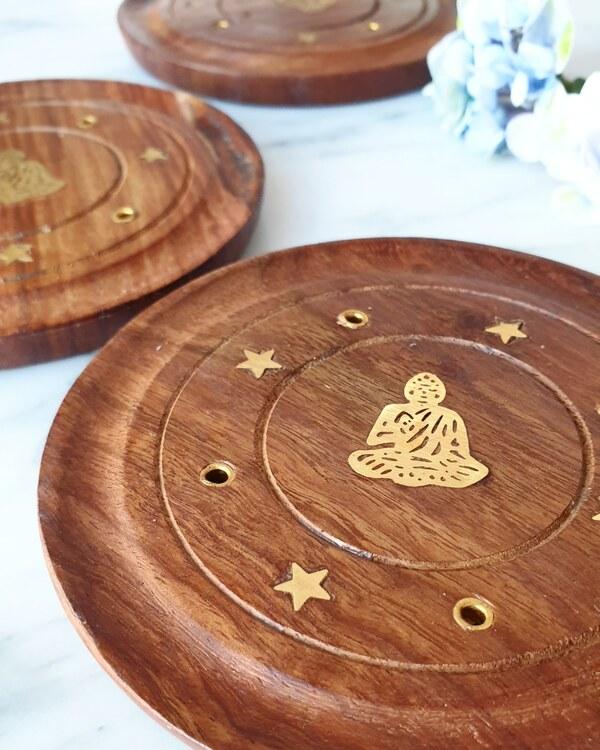 Rökelsehållare, rund platta med Buddha