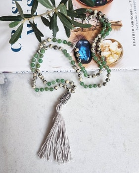 Meditationsmala grön aventurin & dalmatiner jaspis