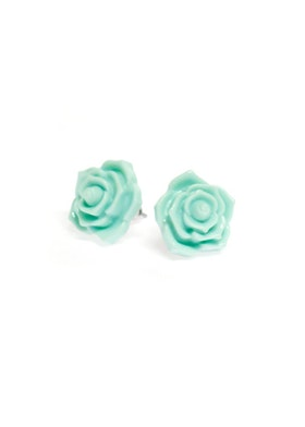 Roses are turquoise