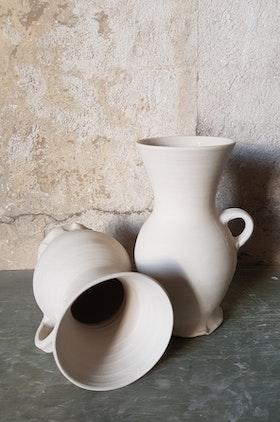 Funnel beaker