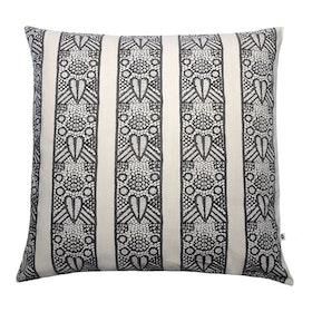 Kuddfodral Kaiden svart offwhite grå mönstrad 100% bomull