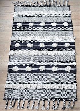 Matta Jaffar 120X180 cm med mönster och fransar i 100% bomull