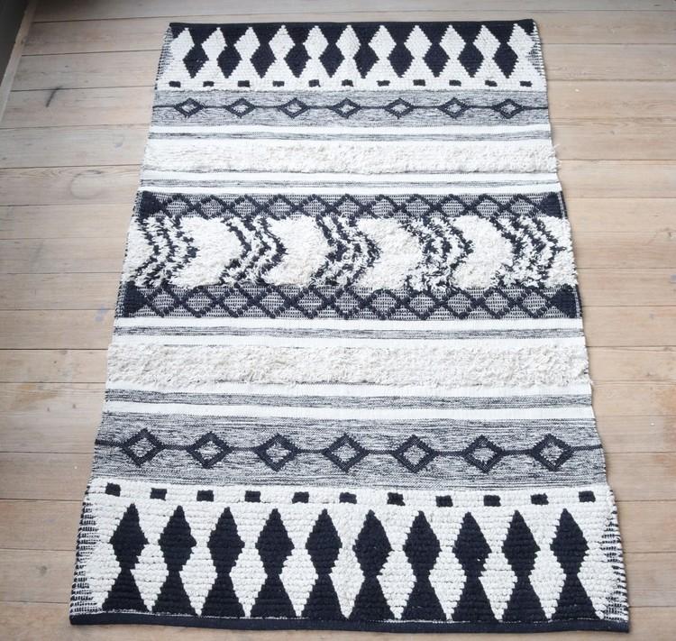 Matta Omar 120X180 cm med mönster och fransar i 100% bomull