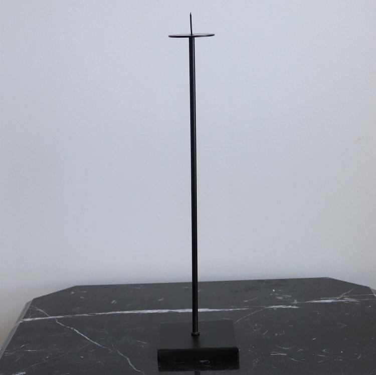 Ljusstake Tini L i svart metall