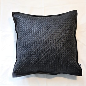 Kuddfodral Braid i flätat läder svart