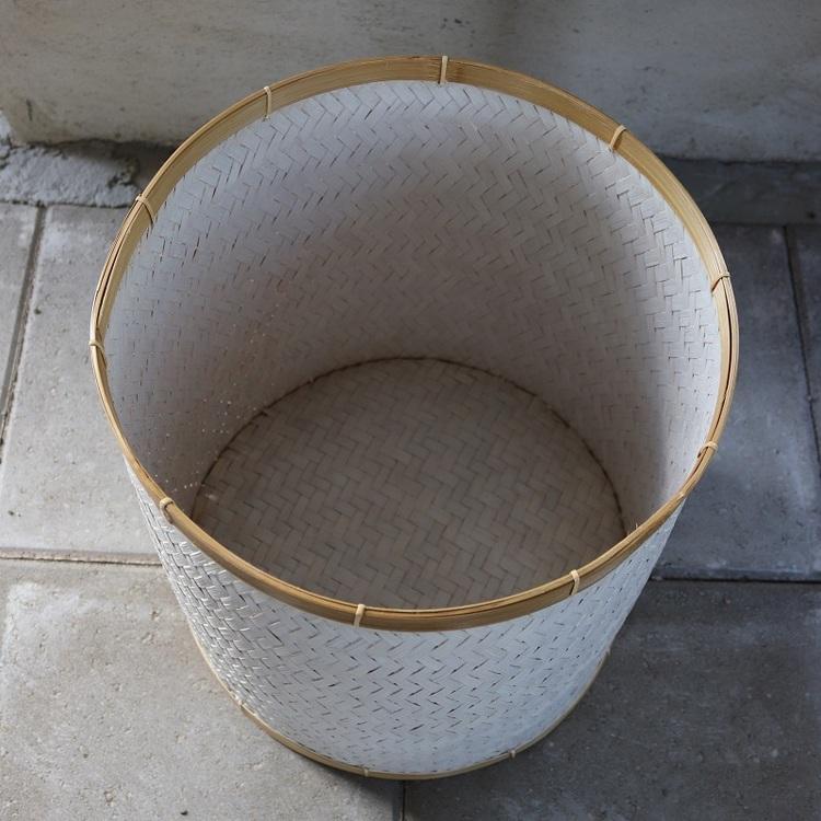 Förvaringskorg Angkasa L i vit rotting med lock