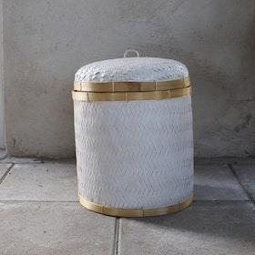 Förvaringskorg Angkasa M i vit rotting med lock