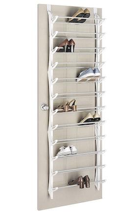 NYHET! Dörrmonterat skoställ för 36 par skor med justerbara hyllplan