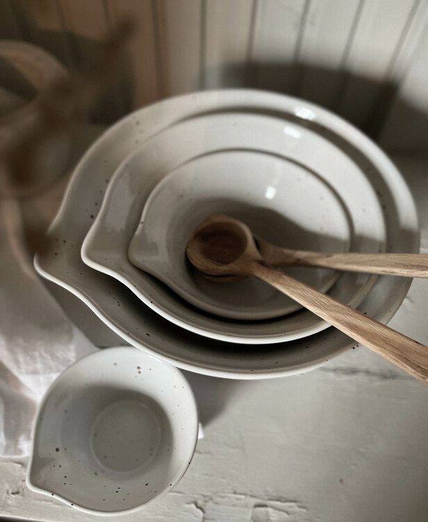 Peep Degskål Pottery Jo, flera storlekar