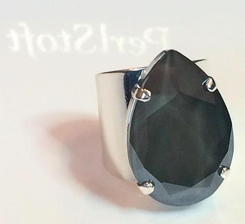 Liz Big Ring Dark Grey