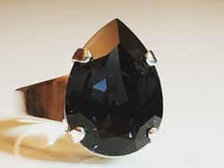 Liz Tear Graphite Ring