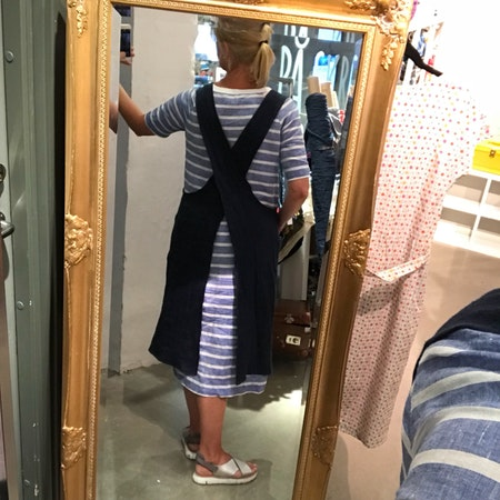 Edith - förklädesklänning