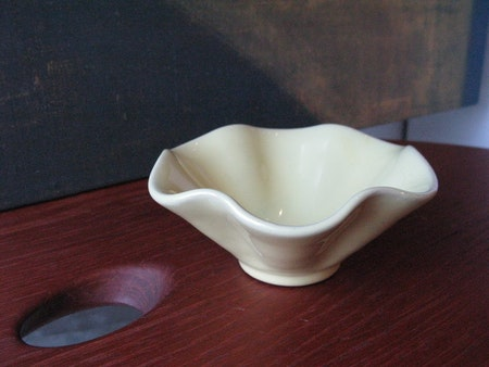 VL yellow bowl 207