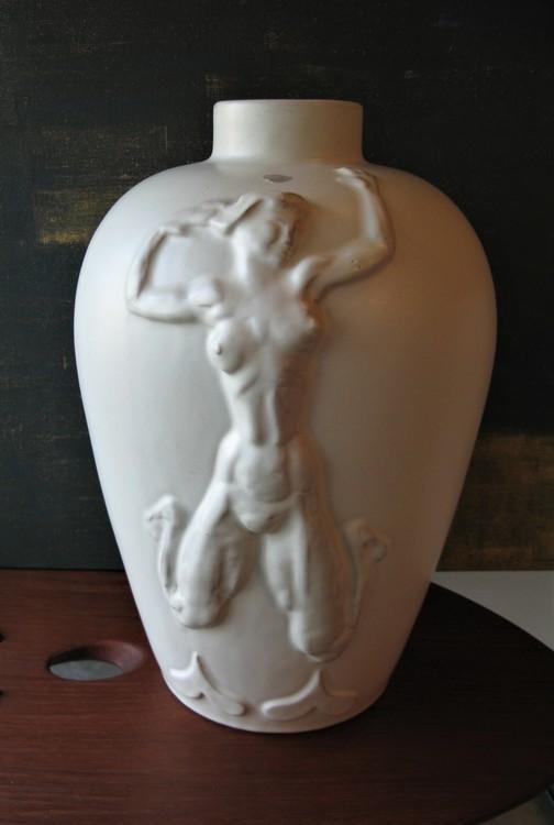White Luterkort vase 169