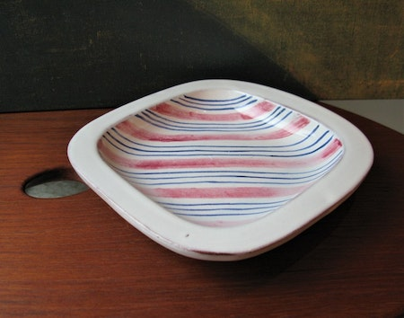 Tricolor ashtray 95