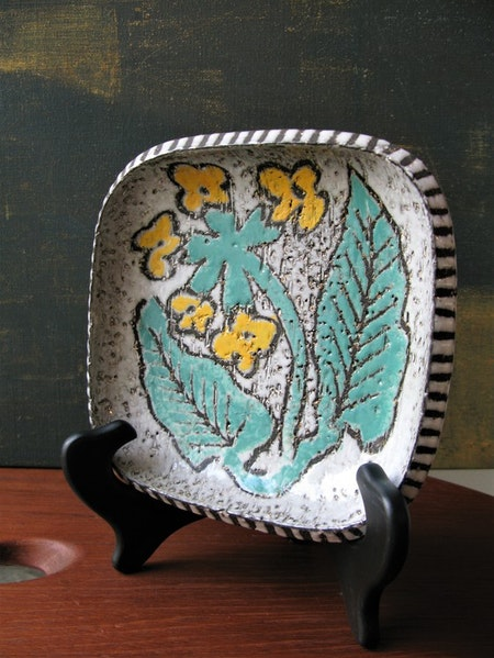 Chamotte plate 4067