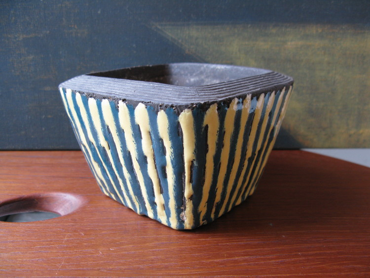Striped Bowl 5032